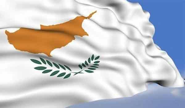 Κύπρος: Ένταση στη διαδήλωση κατά του κλεισίματος του οδοφράγματος Λήδρας - 4 αστυνομικοί τραυματίστηκαν