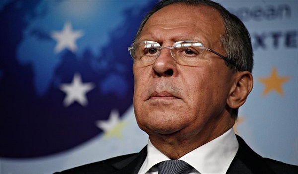 Λαβρόφ: Με εκβιασμούς και χρηματισμούς βουλευτών η Συμφωνία των Πρεσπών