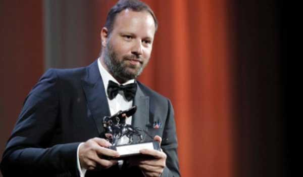 Γιώργος Λάνθιμος: Ποιος είναι ο Έλληνας σκηνοθέτης που διεκδικεί 10 Όσκαρ