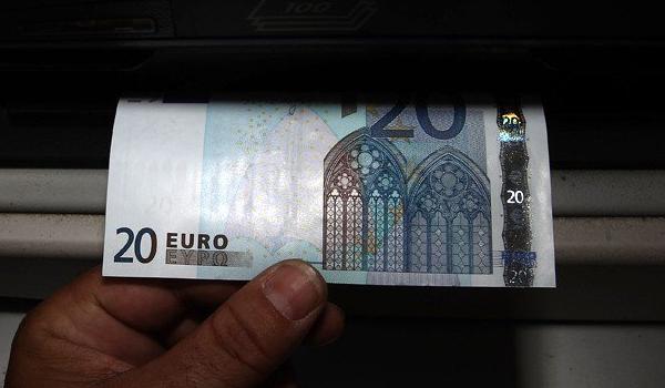 Το ποσό που χρωστά κάθε Έλληνας σε δανειστές από το εξωτερικό