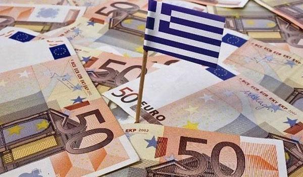 Δεν περικόπτονται οι συντάξεις. Πάνω από 765 εκατ. ευρώ το πακέτο θετικών μέτρων