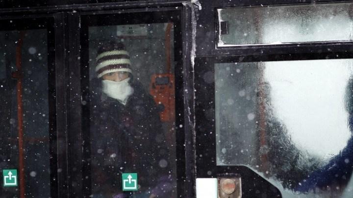 Η πόλη που ρίχνει πρόστιμο σε όσους φορούν βρώμικα ρούχα στα λεωφορεία