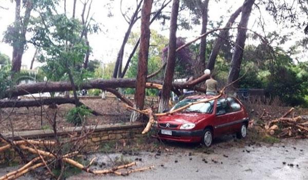 Κακοκαιρία στη Λέρο: Πλημμύρισαν δρόμοι – Σοβαρές ζημιές στο οδικό δίκτυο