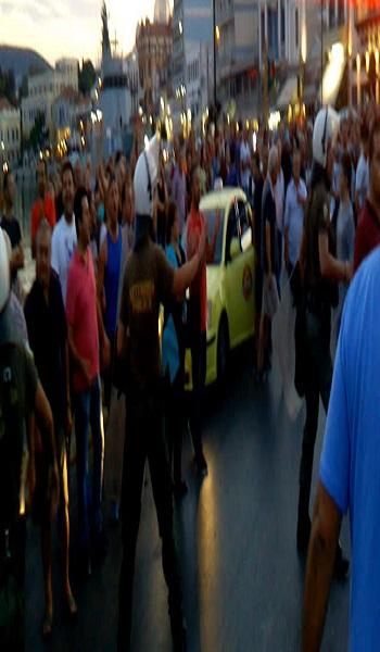 Μυτιλήνη: Ένταση με τον Δήμαρχο και τους καταληψίες  μετανάστες στην πλατεία Σαπφούς
