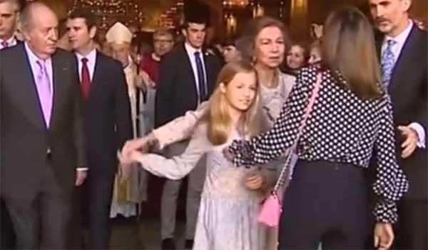 Βασίλισσα Λετίθια: Η κίνηση για να τα μπαλώσει μετά το βασιλικό ξεκατίνιασμα