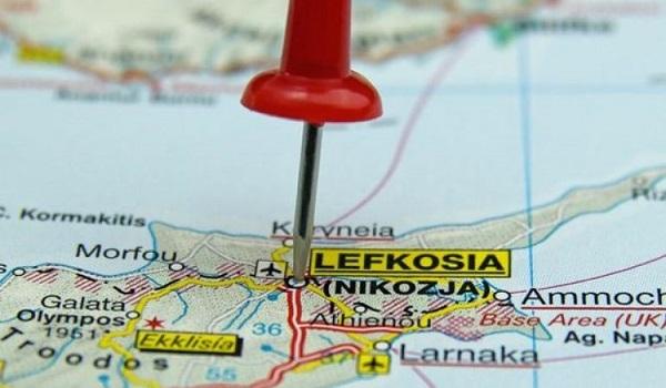 Κυπριακό: Προς σύγκλιση στο μοντέλο της χαλαρής Συνομοσπονδίας;