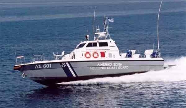 Εντοπίστηκε η ακυβέρνητη λέμβος στη θαλάσσια περιοχή της Γυάρου - Σώοι οι δυο επιβάτες