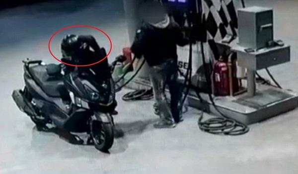 Καρέ καρέ ο ληστής αστυνομικός εν ώρα δράσης - 11 ληστείες με  υπηρεσιακό όπλο