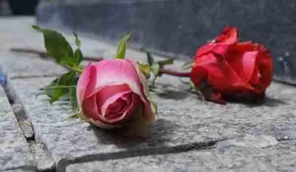 Viral το μήνυμα του μακαρίτη σε νεκροταφείο