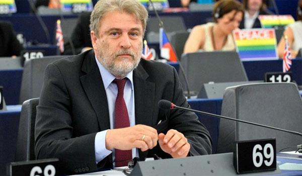 Μαριάς: Να γίνει δημοψήφισμα για τη συμφωνία των Πρεσπών