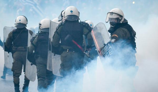 Επίθεση στα γραφεία του ΣΥΡΙΖΑ: Ο γιος του Βούτση ανάμεσα στους προσαχθέντες