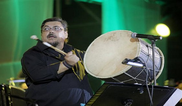 Λαυρέντης Μαχαιρίτσας: Το συγκλονιστικό τραγούδι που είχε γράψει για τους πρόσφυγες