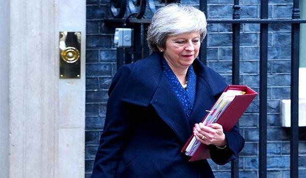 """Βρετανία: Με """"υπερηφάνεια και απογοήτευση»""""αποχωρεί η Τερέζα Μέι από την πρωθυπουργία"""