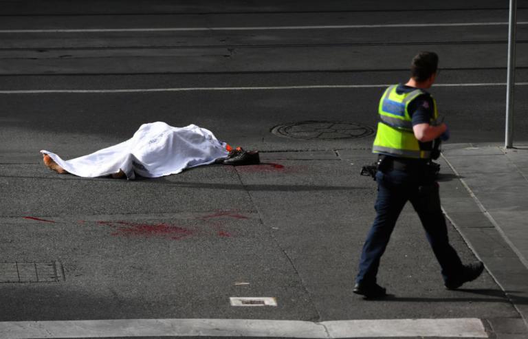 Επίθεση με μαχαίρι στη Μελβούρνη. Συνελήφθη ο δράστης, ένας νεκρός