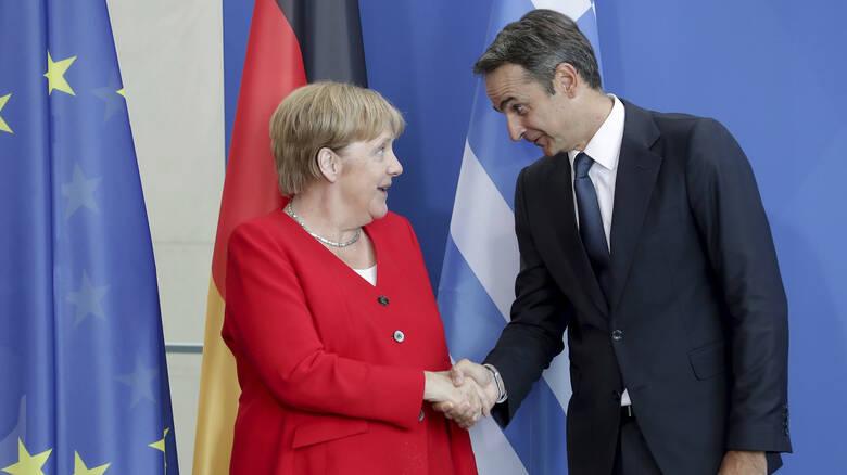 Τηλεφωνική επικοινωνία Μητσοτάκη - Μέρκελ με θέμα τη διάσκεψη του Βερολίνου για την Λιβύη