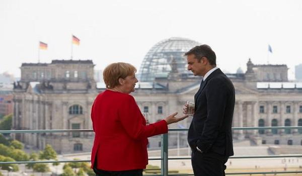 Δυσαρέσκεια Μητσοτάκη προς Μέρκελ για την Διάσκεψη του Βερολίνου - Δεν συζητάμε για θαλάσσιες ζώνες η απάντηση
