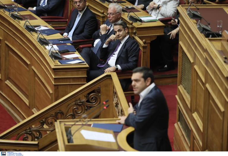 Βουλή Live. Τσίπρας σε Μητσοτάκη: «Εκτός από ψεύτης είσαι και δειλός»