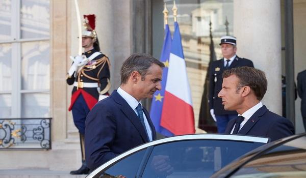 Ικανοποίηση Μητσοτάκη από την συνάντηση με Μακρόν - Πρόσκληση για γαλλικές επενδύσεις