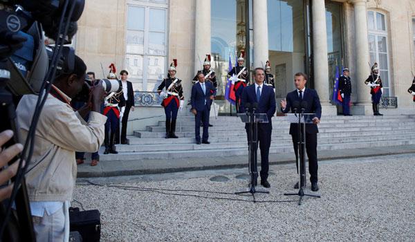 Μακρόν: Πολύ σημαντική η σχέση των δύο χωρών - Μητσοτάκης: Η χώρα μπαίνει σε τροχιά ανάπτυξης