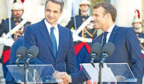 Στο Παρίσι με στόχο καθαρό μήνυμα στήριξης για ελληνοτουρκικά - οικονομία