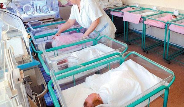 Ξεκίνησε από σήμερα σε 15 μαιευτήρια και κλινικές η διαδικασία δήλωσης γέννησης