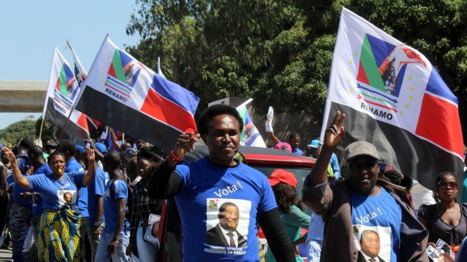 Χάος στη Μοζαμβίκη: Δέκα νεκροί σε προεκλογική συγκέντρωση