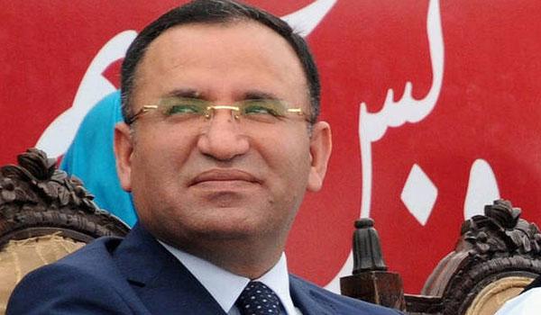 Απειλή Άγκυρας για απαγωγή των 8 Τούρκων στρατιωτικών: Θα τους πακετάρουμε