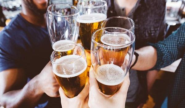 Madata.GR - Παγκόσμια Ημέρα Μπύρας: Ποιος λαός καταναλώνει την ...