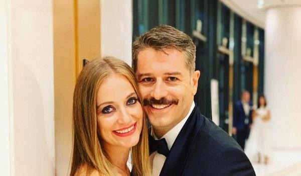 Αλέξανδρος Μπουρδούμη: Θα με παντρευτείς; - Η ανατρεπτική πρόταση γάμου στη Λένα Δροσάκη