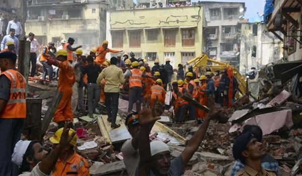Τουλάχιστον 9 νεκροί από πυρκαγιά σε ξενοδοχείο στο Νέο Δελχί