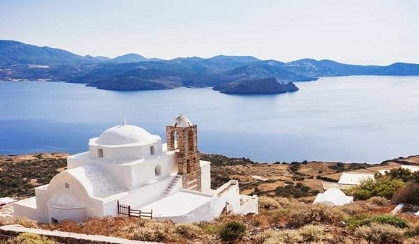Αυτό το εξωτικό νησί βρίσκεται στην Ελλάδα και έχει ζεστά νερά όλο το χρόνο