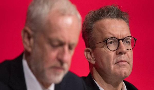Νέο δημοψήφισμα για το Brexit ζητεί στέλεχος των Εργατικών