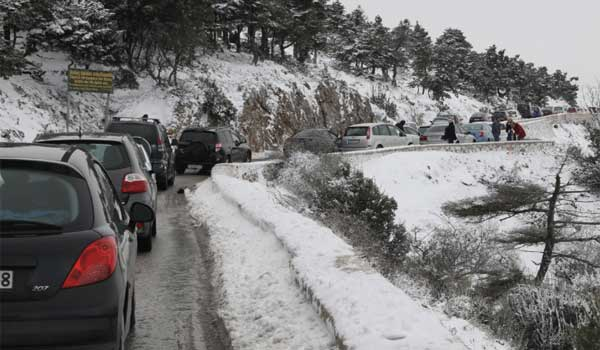 Ερχονται χιόνια τη Δευτέρα και στην Αθήνα. Η πρόγνωση του Καλλιάνου