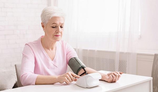 Αρτηριακή πίεση: Κοινά λάθη κατά τη μέτρηση στο σπίτι