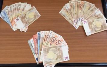 Παραχαράκτες ψώνιζαν με πλαστά χαρτονομίσματα στη Λάρισα