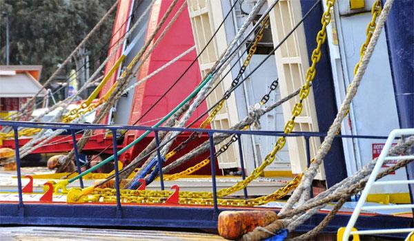 Απεργία ΠΝΟ: Δεμένα τα πλοία στα λιμάνια την Πρωτομαγιά για 24 ώρες