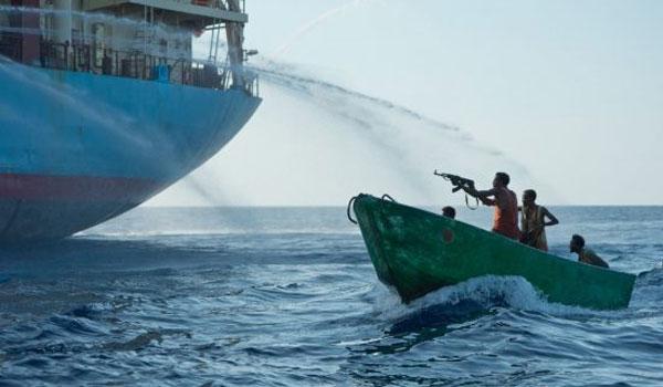 Θρίλερ με  ελληνικό πλοίο στο Τόγκο: Πειρατές απήγαγαν τέσσερα μέλη του πληρώματος