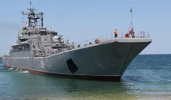 Ρωσικό πολεμικό πλοίο συγκρούστηκε με εμπορικό στο Αιγαίο
