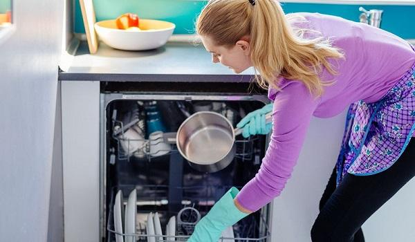 Αυτό είναι το μεγάλο λάθος που κάνετε με το πλυντήριο πιάτων