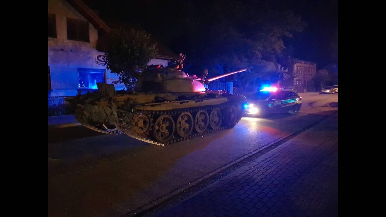 Τρόμος στην Πολωνία με μεθυσμένο να βγαίνει στο δρόμο με τανκ