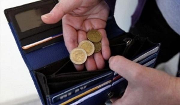 Μελέτη - σοκ: Κατά 42% μειώθηκε το εισόδημα των νοικοκυριών το διάστημα 2009-2014