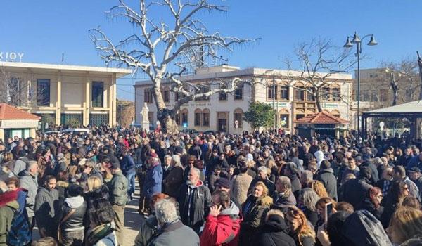 Γενική απεργία σήμερα στα νησιά του Βορείου Αιγαίου για το Προσφυγικό