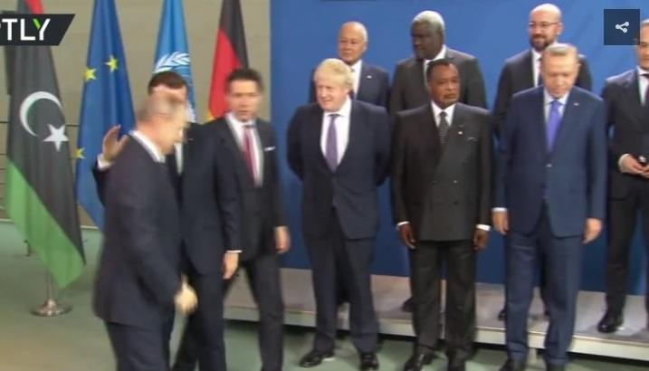 «Πού είναι ο Πούτιν;» - Όταν Μέρκελ και Μακρόν έψαχναν τον Ρώσο πρόεδρο