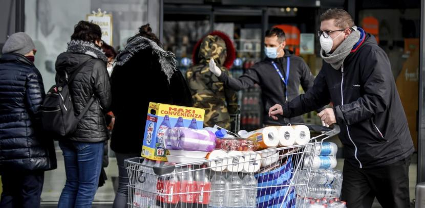 Κορονοϊός στην Ελλάδα: Tης κονσέρβας και των οσπρίων στα σούπερ μάρκετ