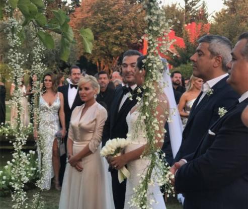 Αντώνης Ρέμος – Υβόννη Μπόσνιακ: Όλα όσα έγιναν στον γάμο