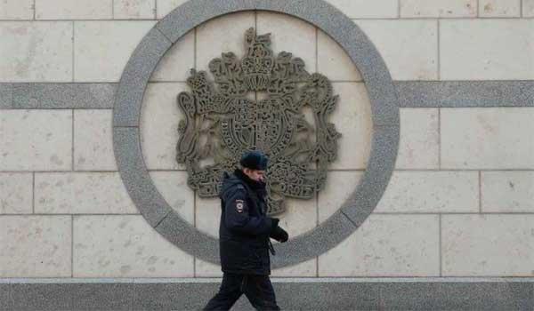 Η Ρωσία κλείνει το βρετανικό προξενείο και απελαύνει 23 Βρετανούς διπλωμάτες