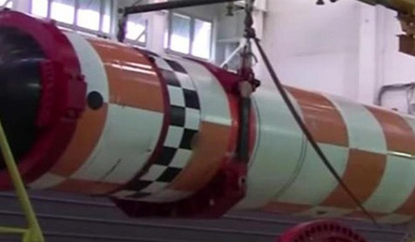 Ρωσία: Ξεκίνησαν οι δοκιμές του πυρηνικού υποβρυχίου με drones ικανά να φέρουν πυρηνικά όπλα