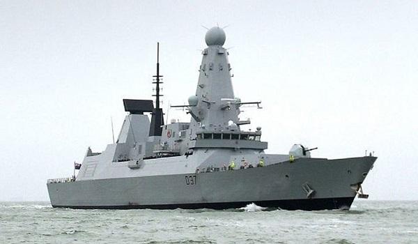 Σε ετοιμότητα ρωσικά πολεμικά πλοία στη Μεσόγειο, με εντολή Πούτιν