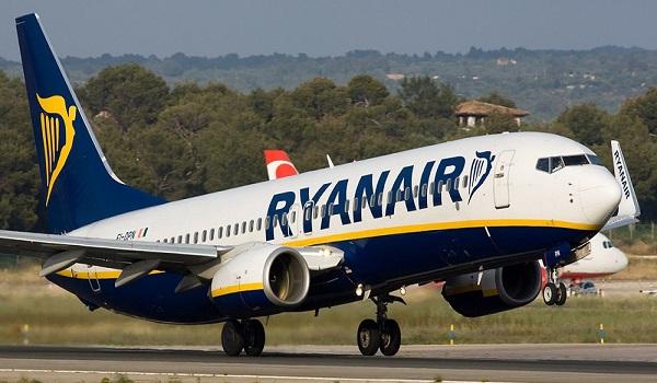 Διακόπτει δρομολόγιο στην Ελλάδα η Ryanair