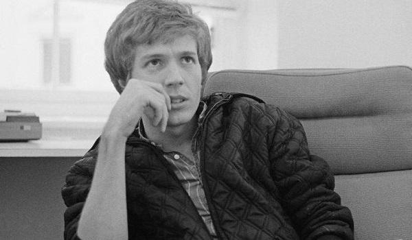 Πέθανε ο θρύλος της ποπ και πειραματικής μουσικής Σκοτ Γουόκερ